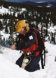 Female-Ski-Patrol